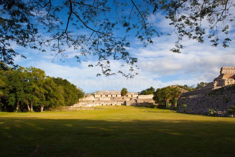 Ruínas majestosas de Kabah, México imagens de stock