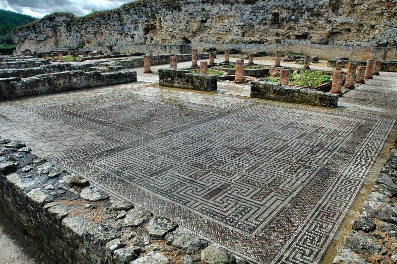 Download Ruínas romanas imagem de stock. Imagem de coluna, telha - 200415