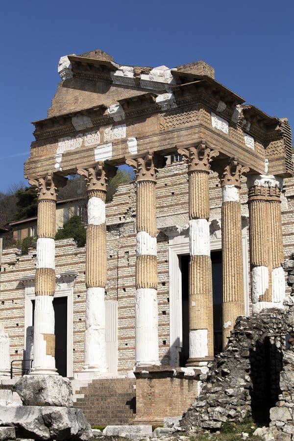 Ruínas romanas em Bríxia imagens de stock