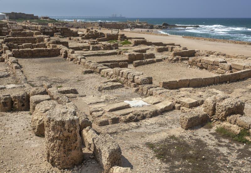 Ruínas romanas em Caesarea Maritima imagens de stock