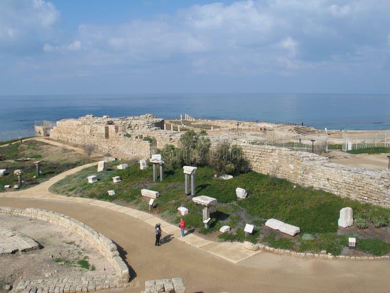 Ruínas velhas em Caesarea imagens de stock