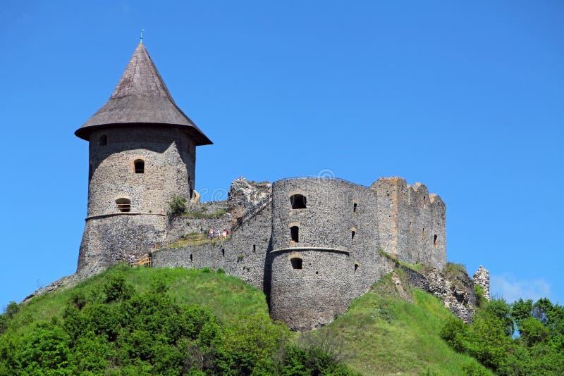 Ruïne van Kasteel Somoska, Slowakije stock afbeelding