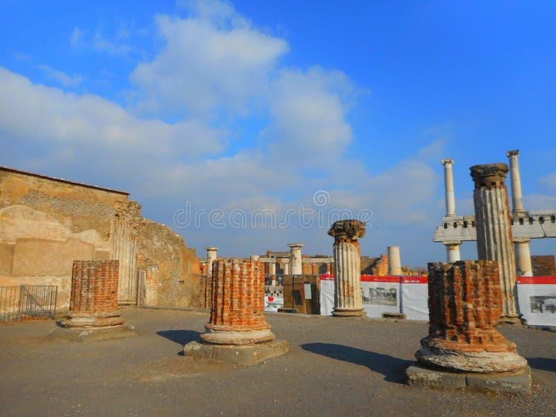 ruïnes stock afbeeldingen