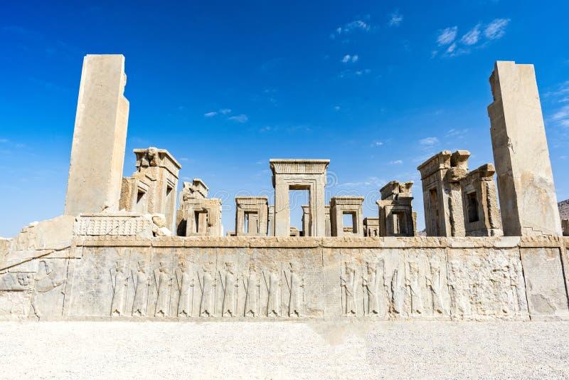 Ruïnes bij de historische stad van Persepolis, Shiraz, Iran 12 september, 2016 stock foto's