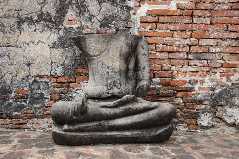 Ruïnes en Historisch Park met het Oude Standbeeld van Steenboedha royalty-vrije stock afbeeldingen