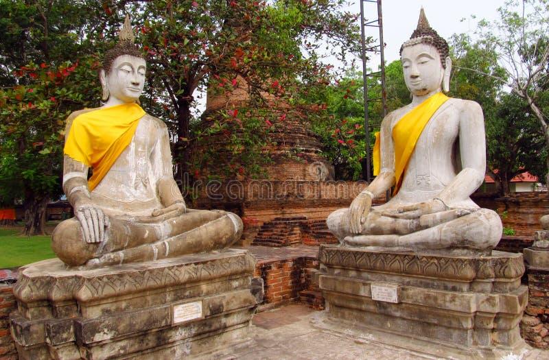 Ruïnes van de Ayutthaya de oude stad in Thailand, de standbeelden van Boedha royalty-vrije stock foto