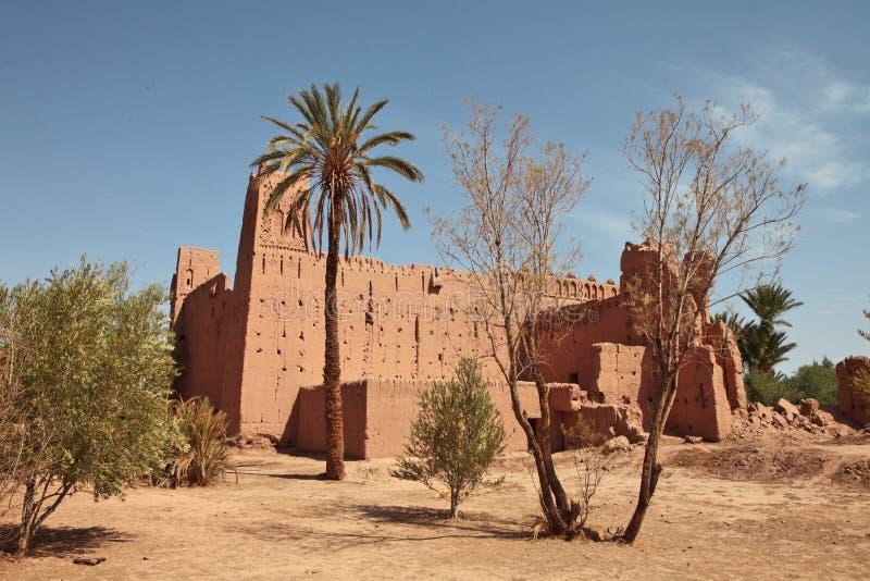 Ruïnes van de kleibouw in Marokko royalty-vrije stock foto