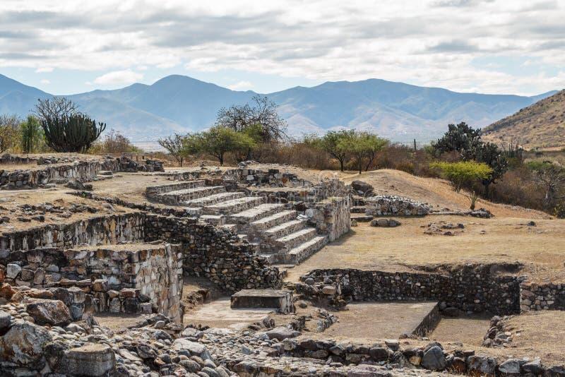 Ruïnes van de pre-Spaanse stad Dainzu, Oaxaca van Zapotec royalty-vrije stock foto