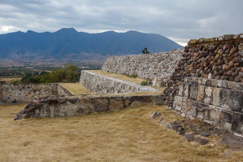 Ruïnes van de pre-Spaanse Zapotec-stad Yagul, Puebla royalty-vrije stock foto