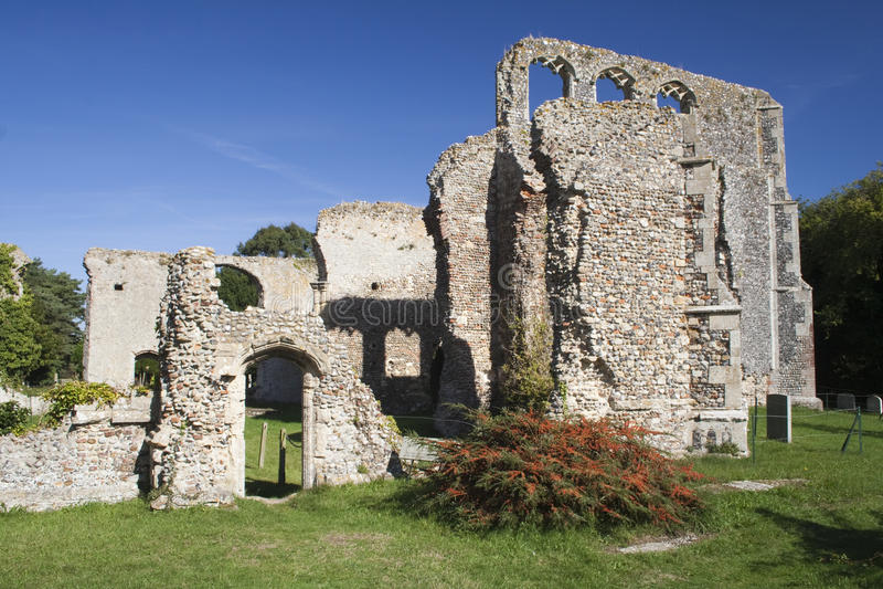 Ruïnes van de vroegere St Andrew Kerk, Walberswick, Suffolk, En royalty-vrije stock afbeelding