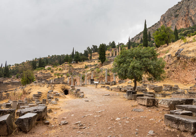 Ruïnes van Delphi Oracle in Athene Griekenland stock afbeelding