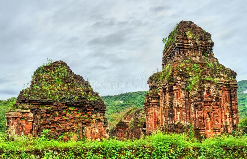 Ruïnes van een Hindoese tempel bij Mijn Zoon in Vietnam stock fotografie