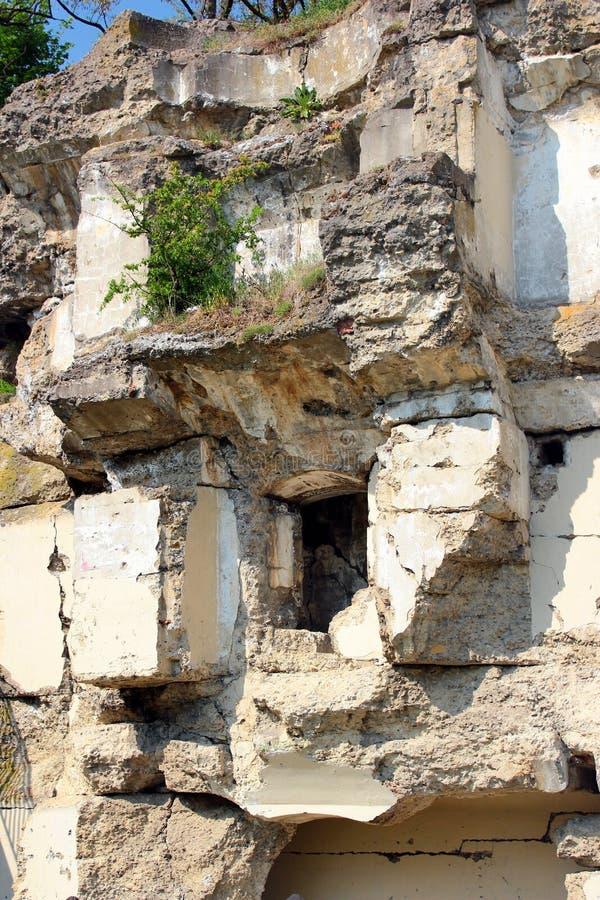 Ruïnes van Fort XIII San Rideau in Przemysl, Polen stock afbeeldingen