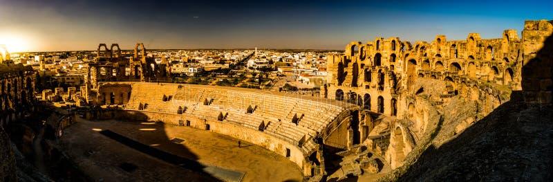 Ruïnes van grootste colosseum binnen in Noord-Afrika royalty-vrije stock foto