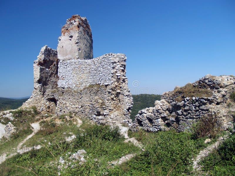Ruïnes van het Kasteel van Cachtice, Slowakije royalty-vrije stock afbeeldingen