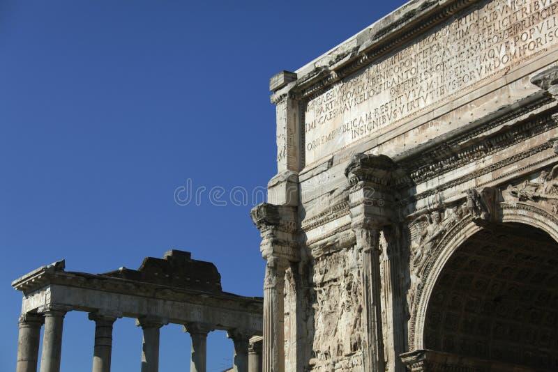 Ruïnes van het oude Forum in Rome royalty-vrije stock afbeelding
