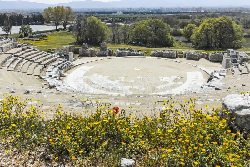 Ruïnes van het oude theater in de Antieke stad van Philippi, Griekenland royalty-vrije stock afbeeldingen