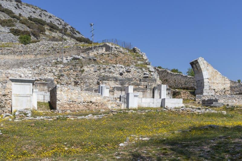 Ruïnes van het oude theater op het Antieke gebied van Philippi, Oostelijk Macedonië en Thrace, Griekenland royalty-vrije stock fotografie