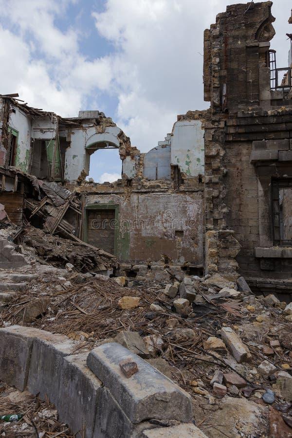 Ruïnes van historisch historisch huis van Massons Geruïneerd Huis oud h stock fotografie