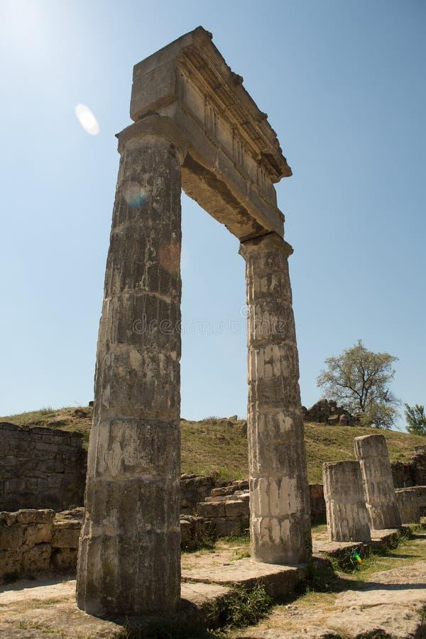 Ruïnes van oude Panticapaeum in Kerch, de Krim op onderstel Mithridates royalty-vrije stock afbeeldingen