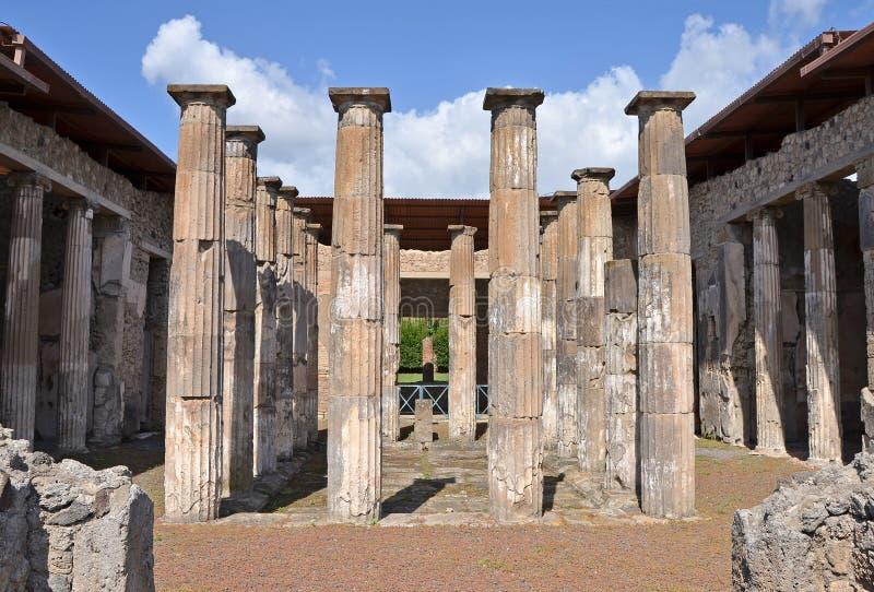 Ruïnes van oude Roman stad van Pompei stock afbeeldingen