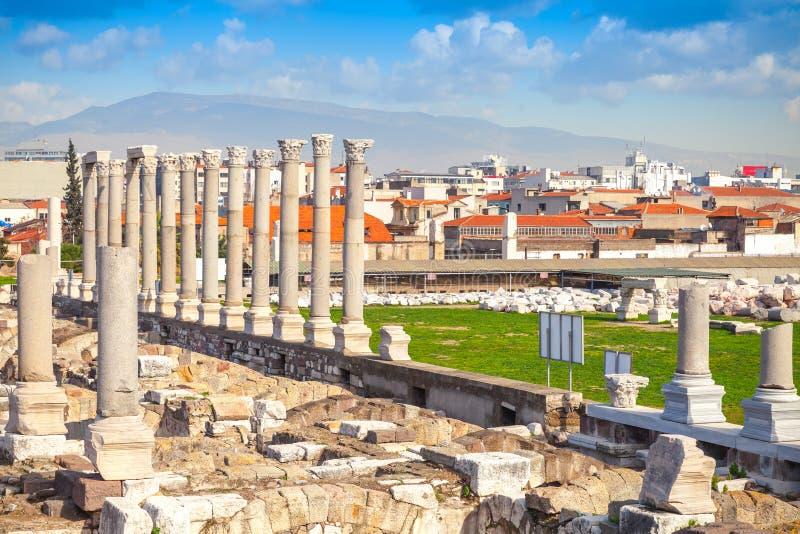 Ruïnes van Oude Smyrna in de stad van Izmir, Turkije stock afbeelding