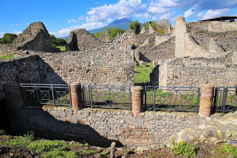 Ruïnes van oude stad Pompei stock afbeeldingen