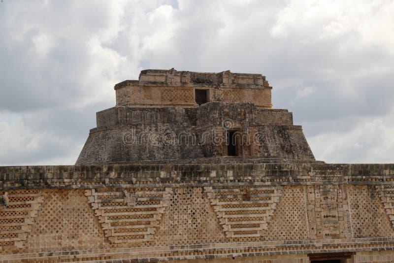 Ruïnes van oude stad van Uxmal stock afbeeldingen