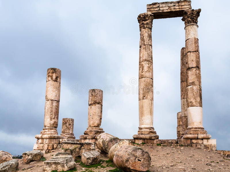 Ruïnes van Tempel van Hercules bij Amman Citadel royalty-vrije stock foto