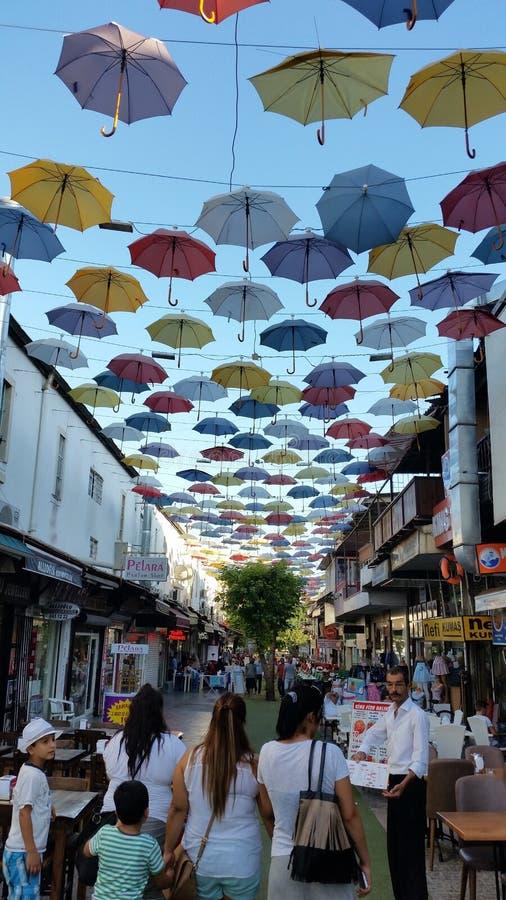 Rua agradável, tempo agradável:) imagens de stock