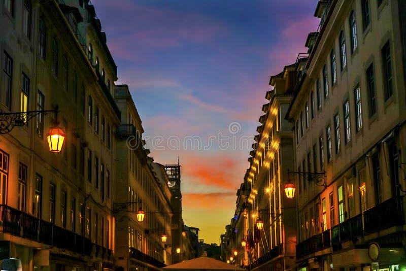Rua Augusta Evening Walking Shopping Street Baixa Lisbona Portuga immagine stock