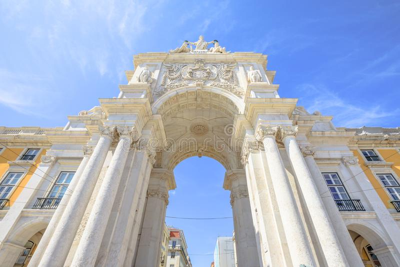 Rua Augusta Triumphal Arch arkivbild