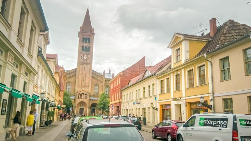 Rua Branderburger, no centro de Potsdam, perto de Berlim, Alemanha foto de stock