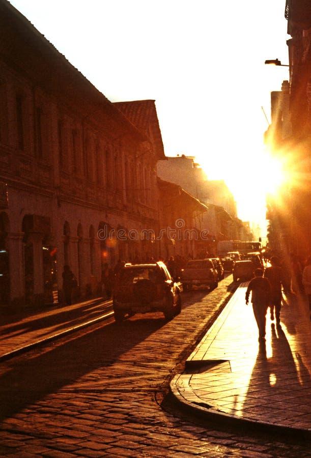 Rua Cuenca, Equador foto de stock