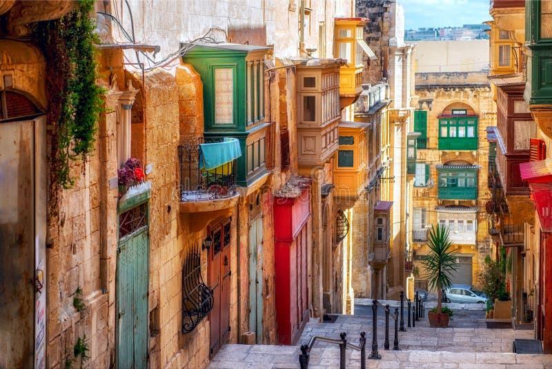 Rua da cidade de Valletta foto de stock royalty free