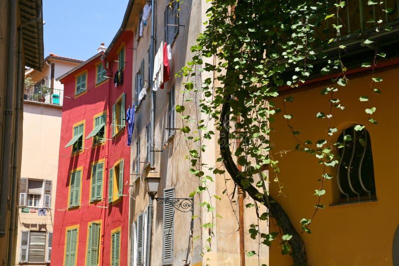 Rua da cidade sul de France imagens de stock