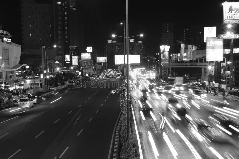 Rua da noite de BW fotografia de stock