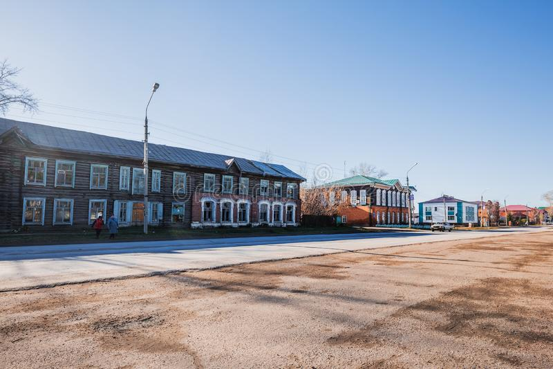 Rua da vila Kolyvan, região de Novosibirsk, Sibéria ocidental, Ru imagem de stock royalty free
