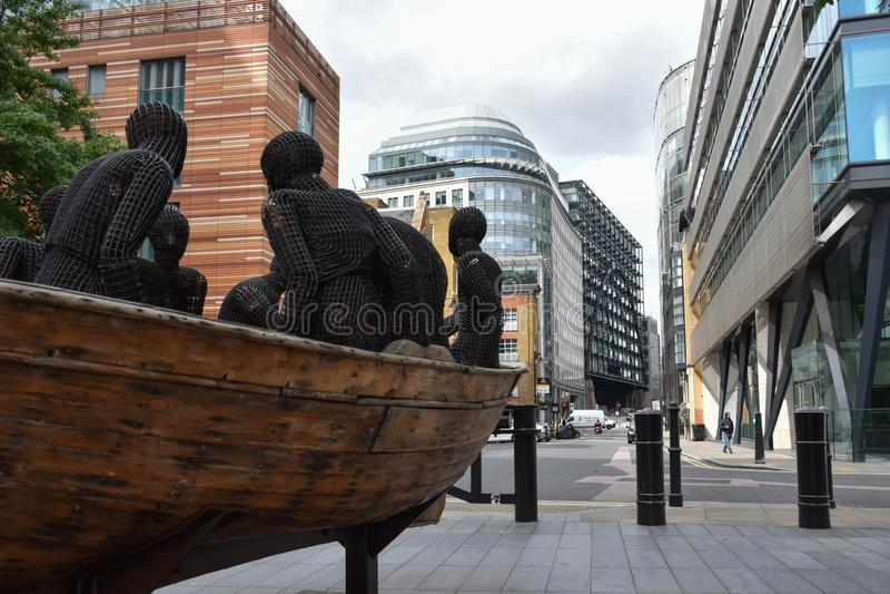 Rua das estátuas de arte, Londres foto de stock royalty free