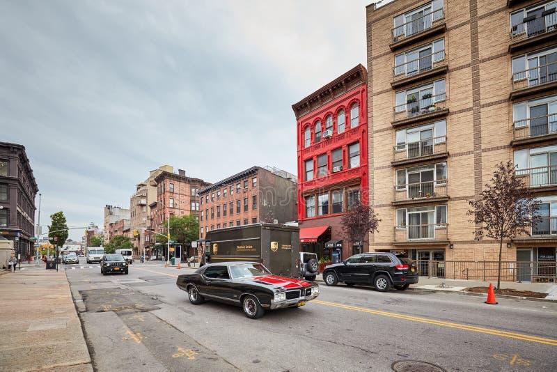 Rua de Broadway em Williamsburg, uma de cidades de Brooklyn fotografia de stock royalty free