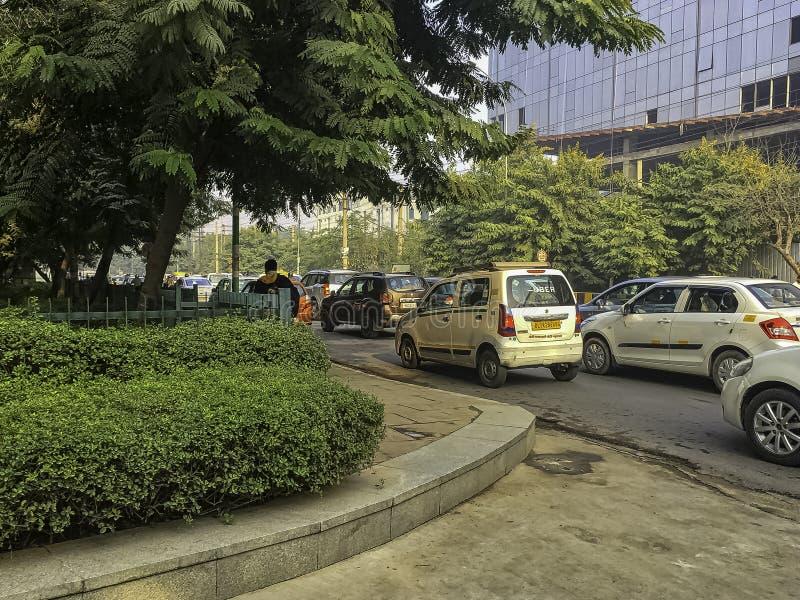 Rua de Gurgaon/Gurugram, Nova Deli fotografia de stock