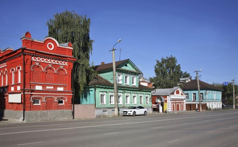 Rua de Lenin em Kungur Perm Krai Rússia imagens de stock