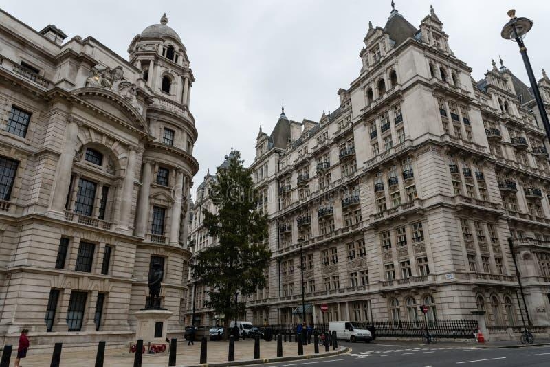 Rua de Londres ao fim de outubro imagens de stock royalty free