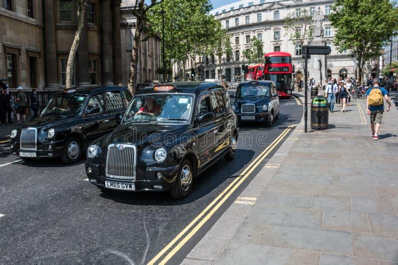 Rua de Londres nas horas de ponta imagem de stock