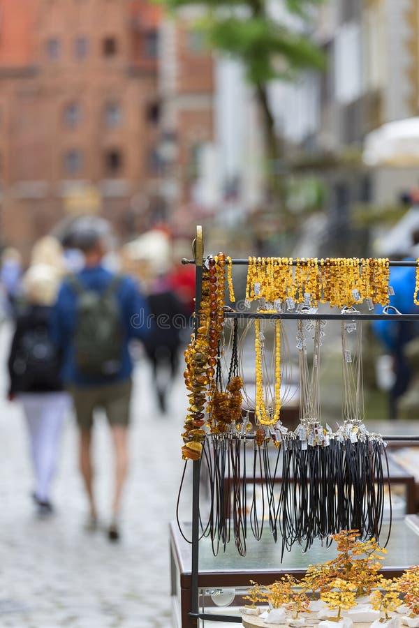 Rua de Mariacka, ourivesarias com a cidade ambarina, principal, Gdansk, Polônia fotografia de stock