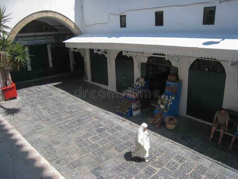 Rua do Es Zitouna da mesquita. Tunes. Tunísia fotos de stock