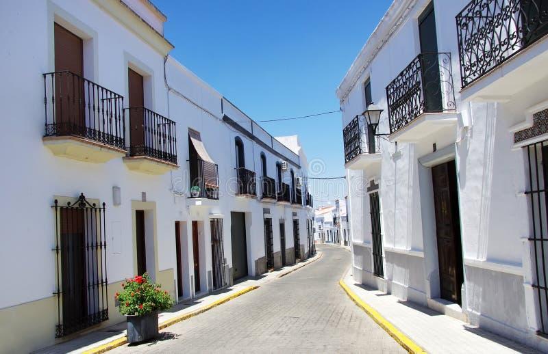 Rua de Olivenza, Extremadura, Espanha fotos de stock