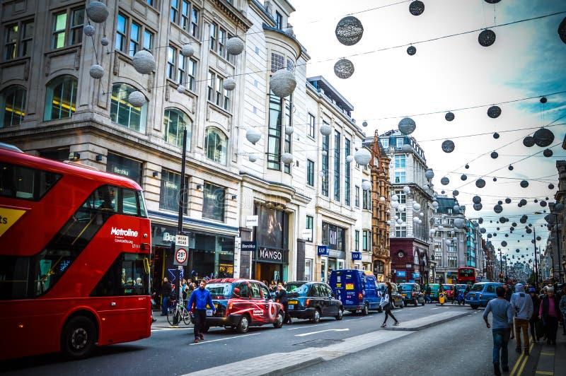 Rua de Oxford com tráfego foto de stock