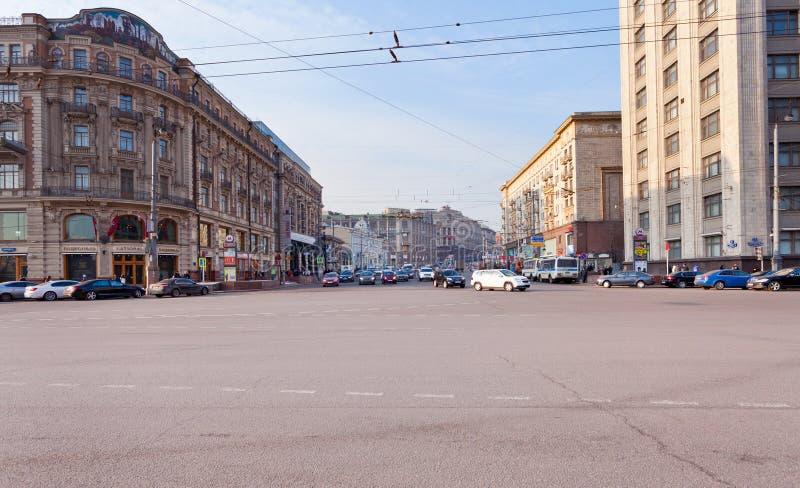Rua de Tverskaya do quadrado de Manege em Moscovo imagens de stock