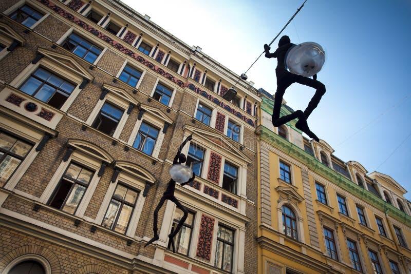 Rua decorativa do lapm em Riga, Latvia fotos de stock